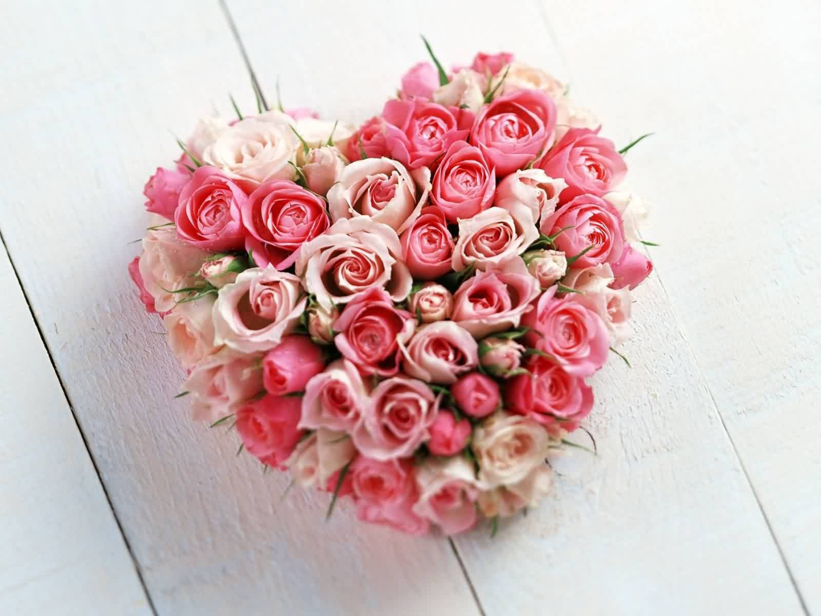 48765 Love Bunch Of Flowers Heart Shaped Left At 50
